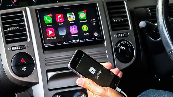 how to sync iphone to car with carplay