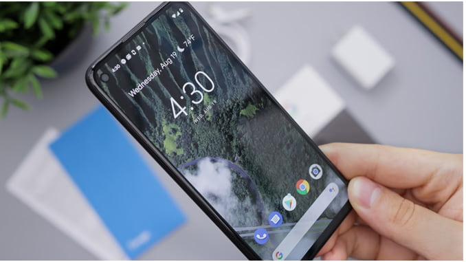 should i switch from iphone to google pixel