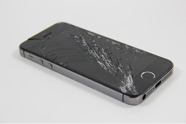 control iphone with broken screen